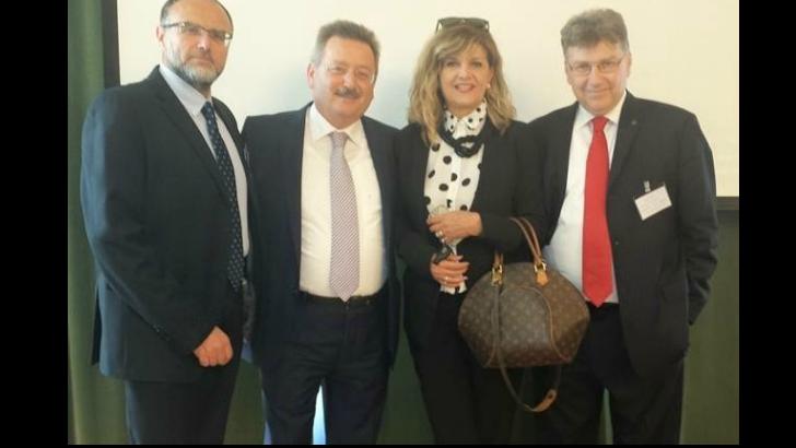 Από το workshop του MDRT στις Σέρρες: από αριστερά, Κ. Καστανάκης, Τ. Παπαδόπουλος, Γ. Νικολοπούλου και Λ. Αποστολιώτης.