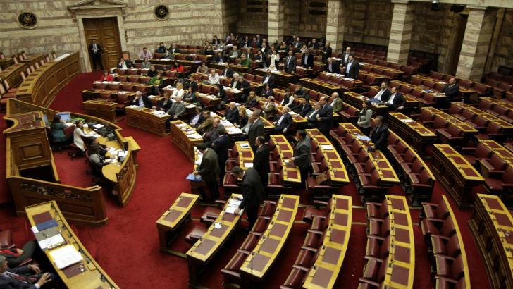 Ερώτηση στη Βουλή για την εποπτεία των ασφαλιστικών εταιριών με καθεστώς ΕΠΥ