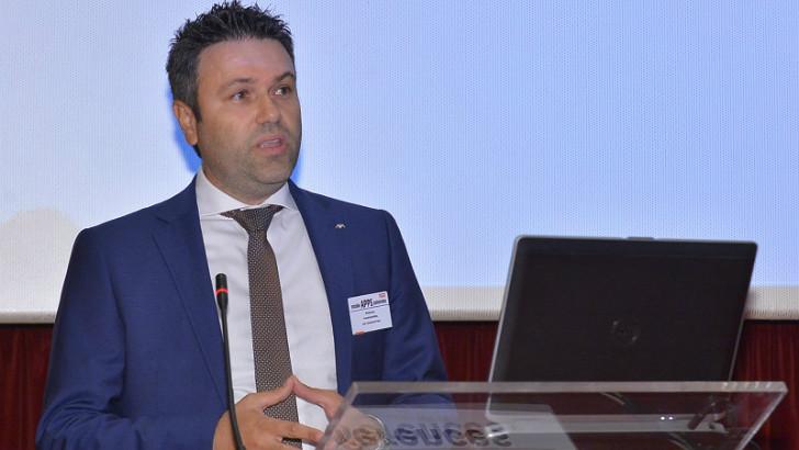 Ο Διευθυντής Marketing, Ανάπτυξης Προϊόντων και Επικοινωνίας της ΑΧΑ, Μπάμπης Αναστασιάδης