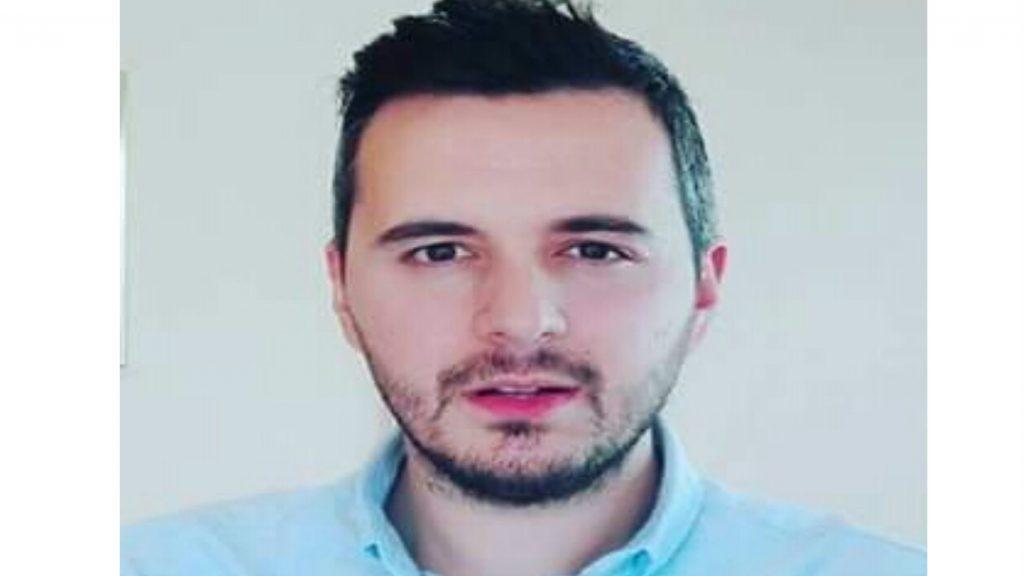 Ο Δημήτρης Πιέτρης είναι ιδιοκτήτης της εταιρίας ασφαλιστικών εργασιών Πιέτρης & Συνεργάτες *