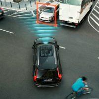 Ακριβά τα ασφάλιστρα για τα αυτόματα οχήματα μέχρι το 2025 εκτιμούν οι  ειδικοί