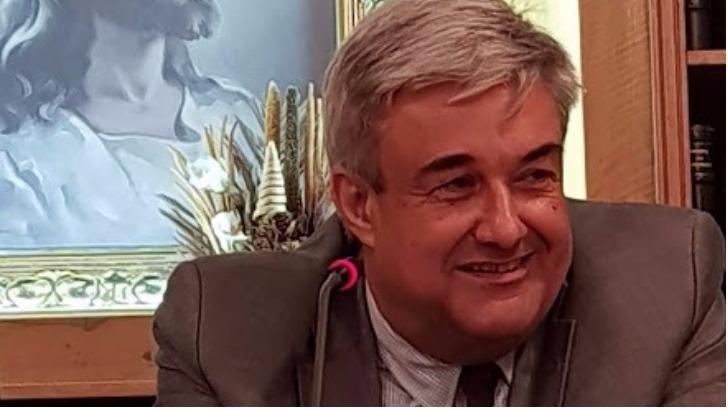Κ. Μαρκουλιδάκης : Ο ασφαλιστής που έβαλε πλώρη για πρόεδρος στο Επαγγελματικό Επιμελητήριο  Πειραιά [ Συνέντευξη]