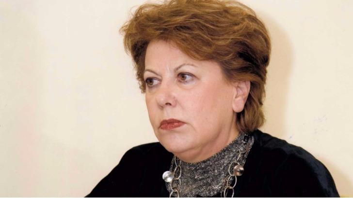 Παραιτήθηκε η κ. Δημ. Λύχρου από την προεδρία της ΠΟΑΔ. Νέος πρόεδρος ο Παν. Μιχαλόπουλος