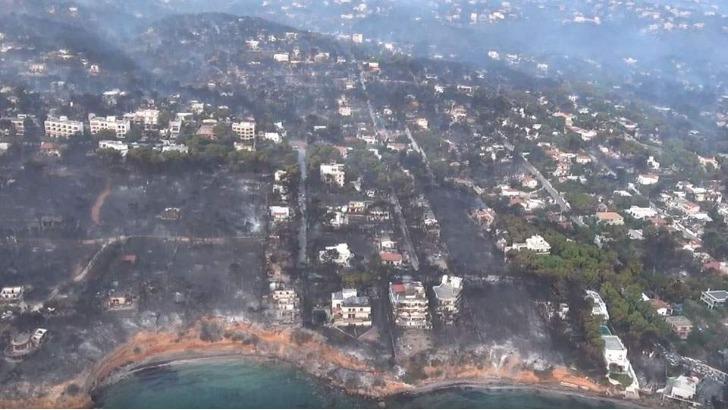 Ανεβαίνει συνεχώς ο λογαριασμός για τις ασφαλιστικές, για αποζημιώσεις από την φονική πυρκαγιά